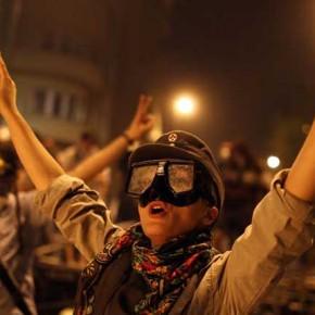 Türkiye'de neler oluyor : Taksim Gezi Parkı direnişi üzerine ufak bir not