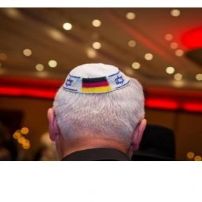 İngiliz Yahudilerin Son Kurtarıcısı : Alman Pasaportu!